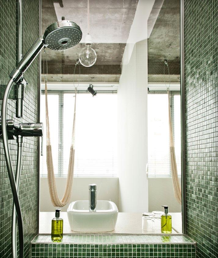 Shower at the Hotel Daniel in Vienna