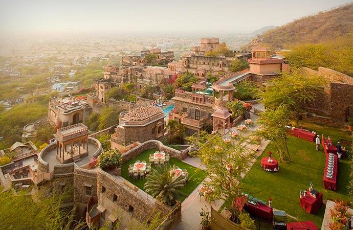 Neemrana Fort Palace resort