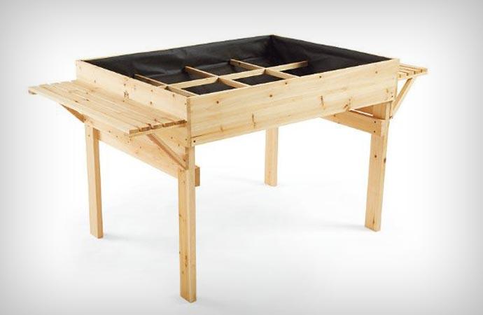 Organic gardening table