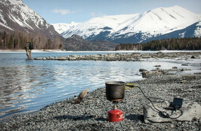 Thermoelectric cooking pot
