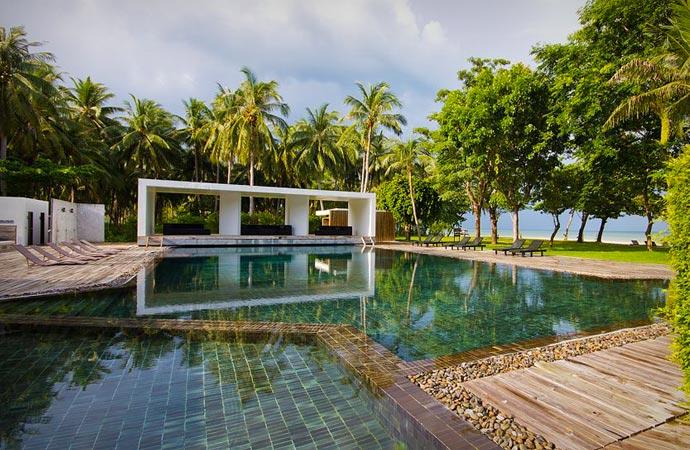 Swimming pool at the X2 Samui resort