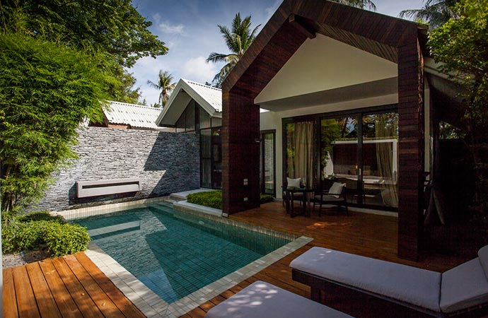 Private garden and pool at X2 Samui resort
