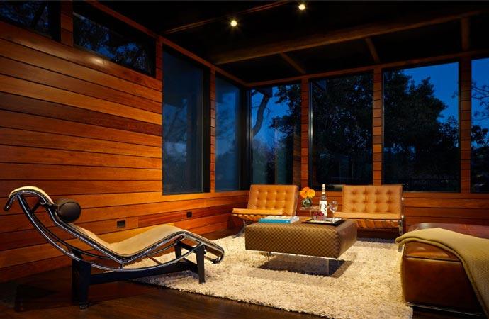 Lounge at Green Lantern House