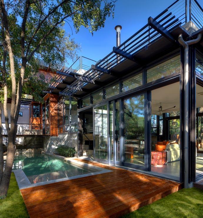 Green Lantern House architecture