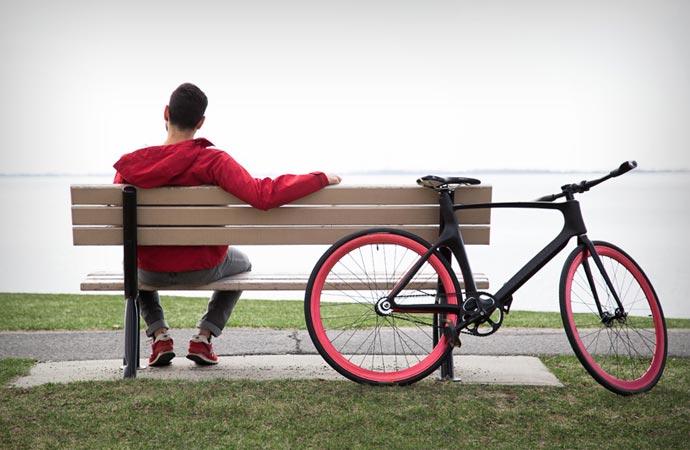Vanhawks Valour smart carbon bike