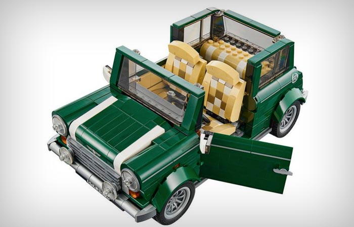 Lego Mini Cooper in British racing green
