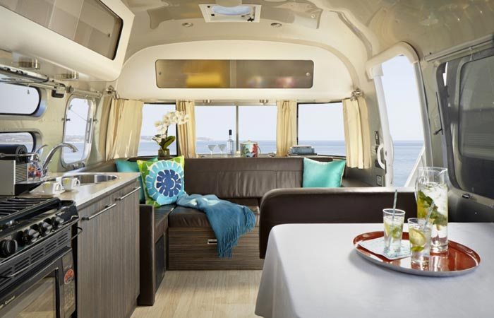 Interior design of the Aka mobile suite