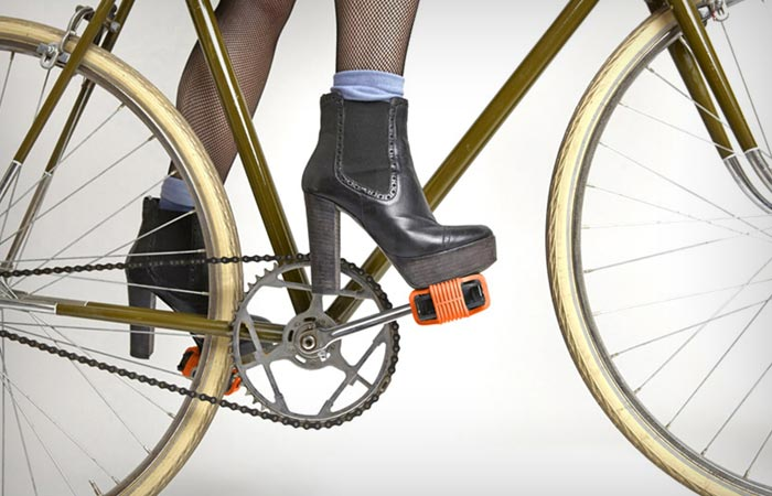 Grippine bike pedal traction covers