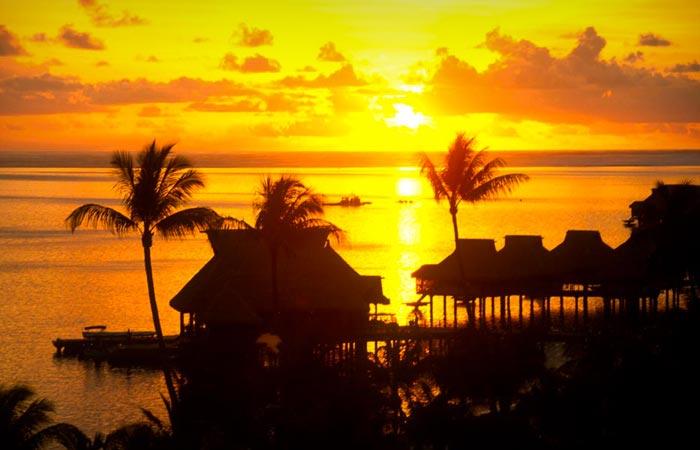 Sunset at Bora Bora from the Hilton resort