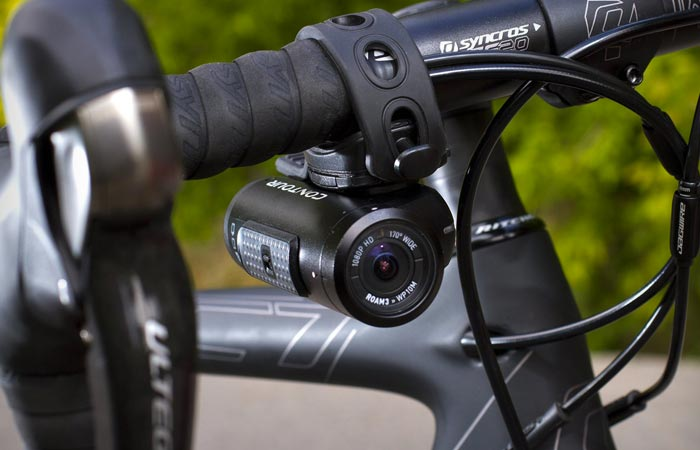 Contour Roam3 mounted on a bicycle steering wheel