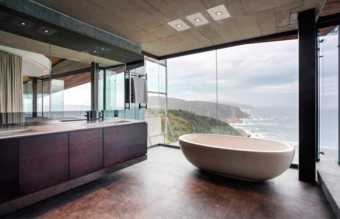 Bathroom of the Cove 3 House in South Africa