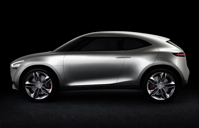 Side view of Mercedes-Benz Vision G-Code