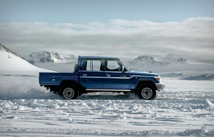 Toyota Land-Cruiser 70 Series re-release pickup truck