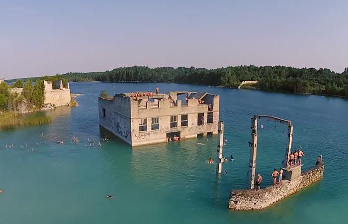 Underwater prison in Estonia
