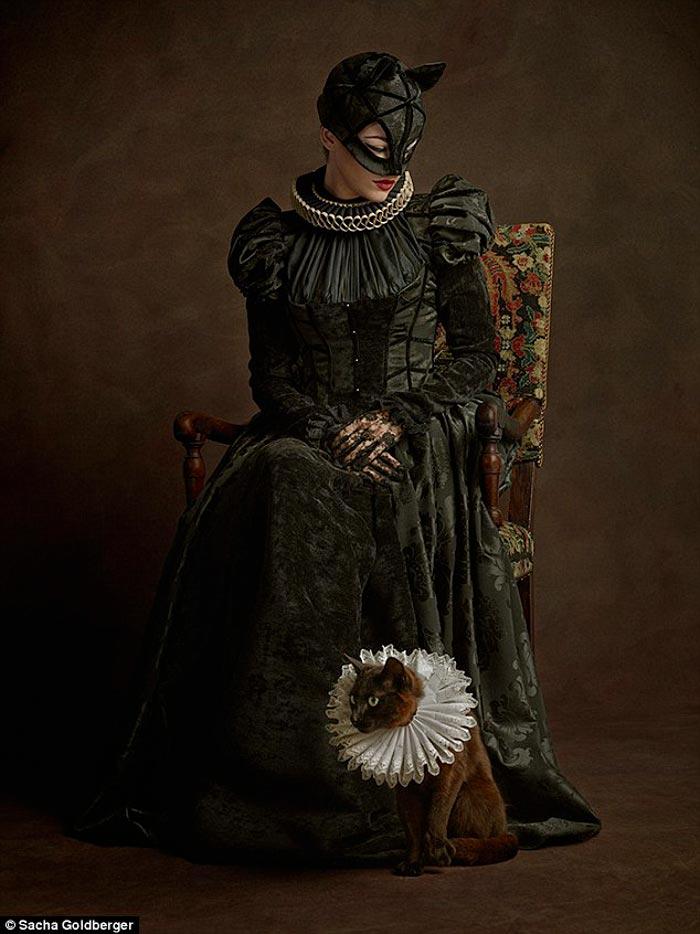 Catwoman Flemish style