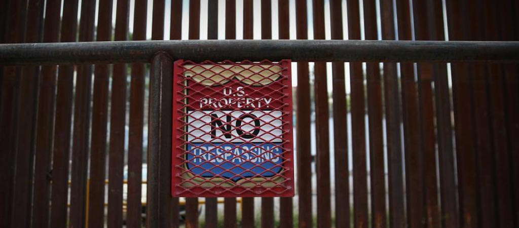 No trespassing sign at the Mexican US boarder