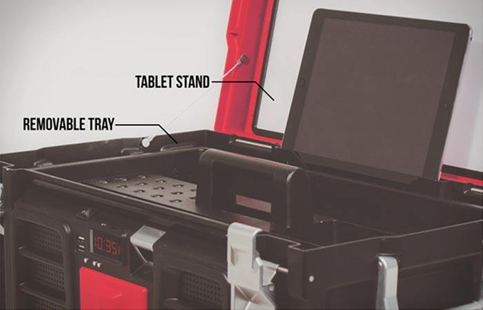 Coolbox Toolbox with tablet stand