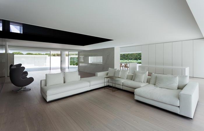 Interior design at Casa Balint House