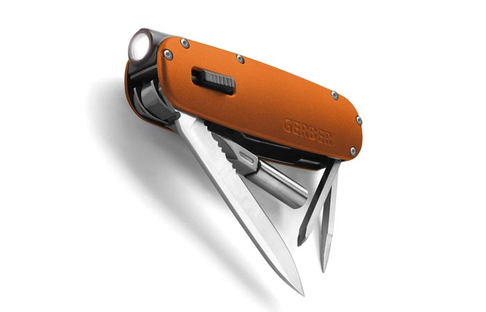 Gerber Fit multi-tool with flashlight