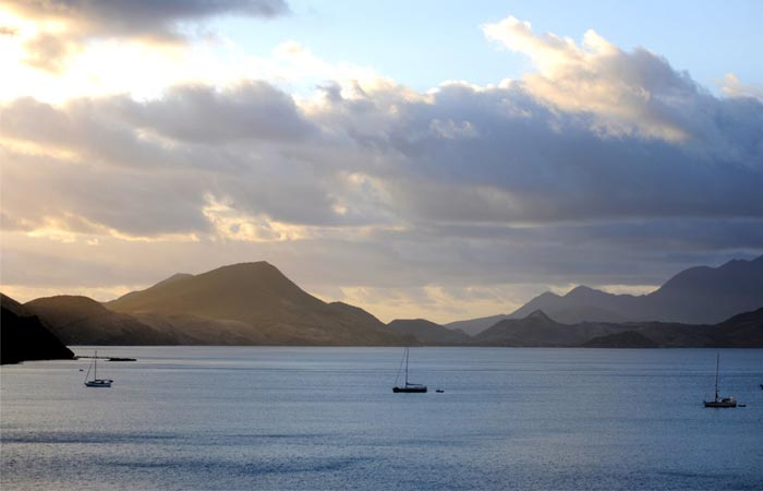 St-Kitts and Nevis scenery and mountains