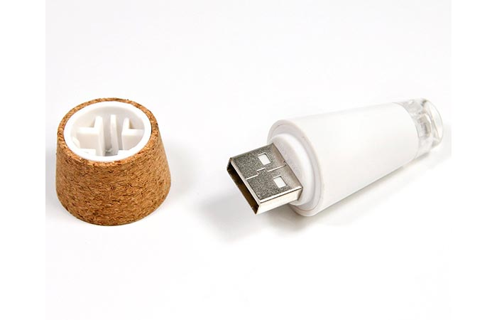 LED Bottle Light USB connector