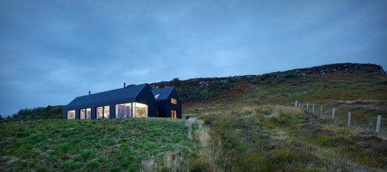 ISLE OF SKYE HOUSE | BY DUALCHAS ARCHITECTS