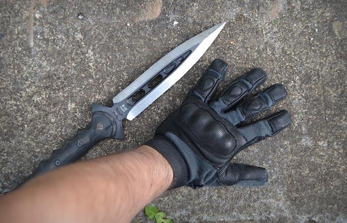 United Cutlery M48 Talon survival spear size