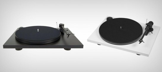 ESSENTIAL II TURNTABLE | BY PRO-JECT AUDIO SYSTEMS