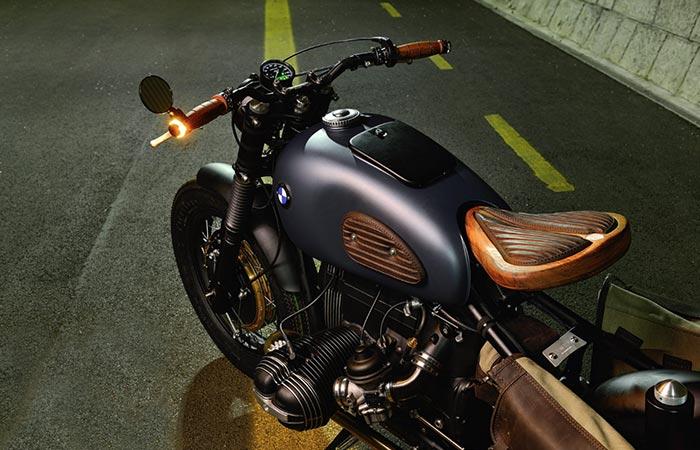 BMW R69S Thompson fuel tank
