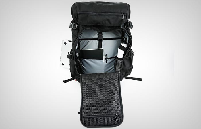 DSPTCH Ruckpack compartments