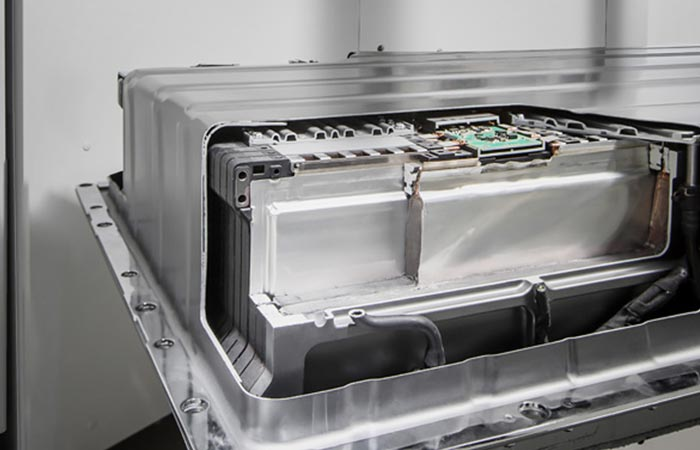 Mercedes-Benz Energy Storage Plant research