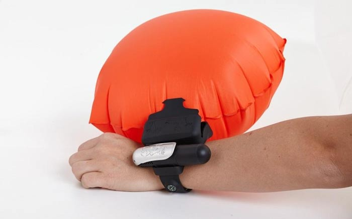 Kingii inflatable floatation device
