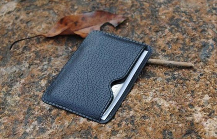 Saber Multi-Tool Card black leather cover