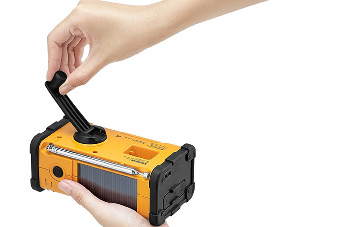 Charging up the Sangean radio with a hand crank