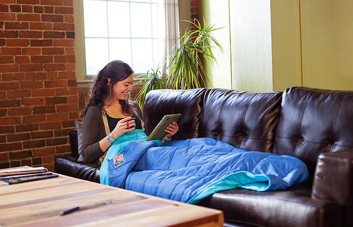NEMO Puffin Blanket indoor use