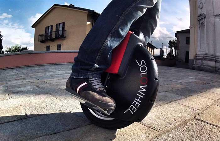 Solowheel self balancing unicycle