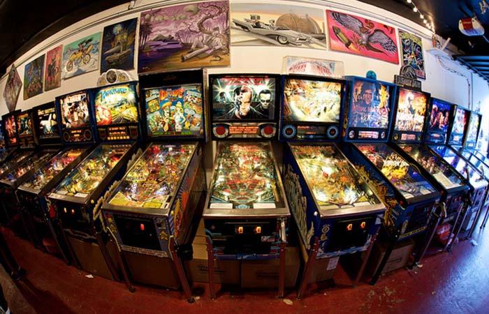 Free Gold Watch Arcade pinnball machines