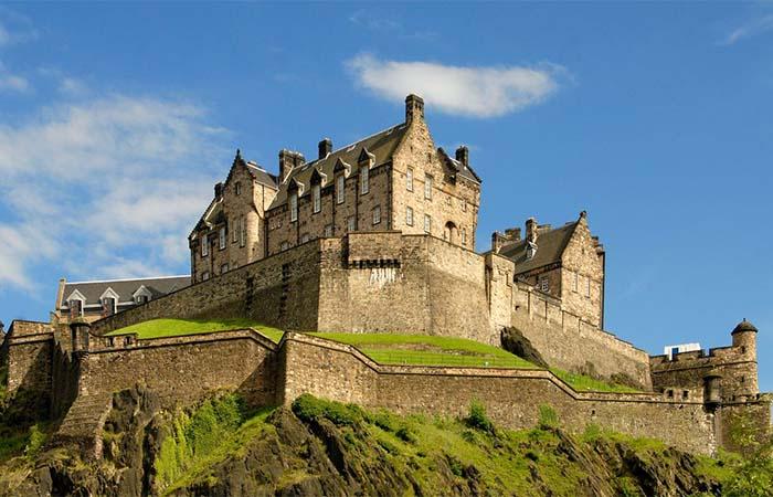 Edinburgh Castle walls