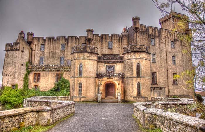 Dunvegan Castle Entrance