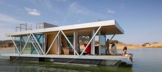 MODULAR FLOATING WEEKEND HOUSE | BY FRIDAY
