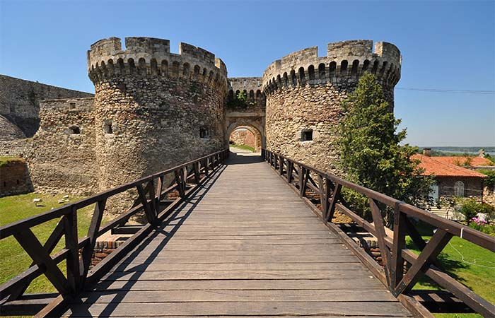 Belgrade fortress wooden bridge