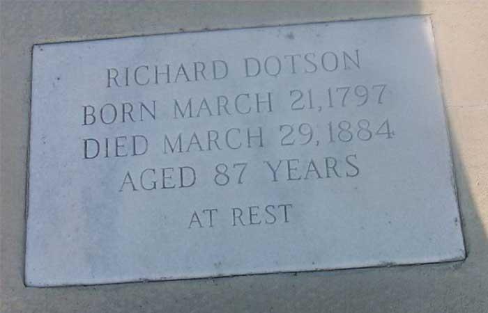 A grave at Savannah/Hilton airport