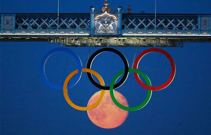 The sign of Olympics and moon