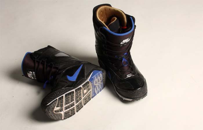 Nike Zoom Kaiju with blue Nike sign