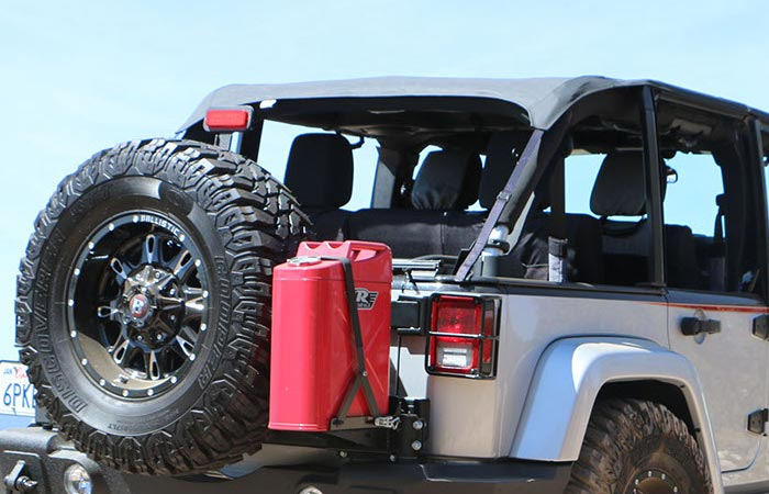 Rampage Trail Can and Utility Tool Box on a car