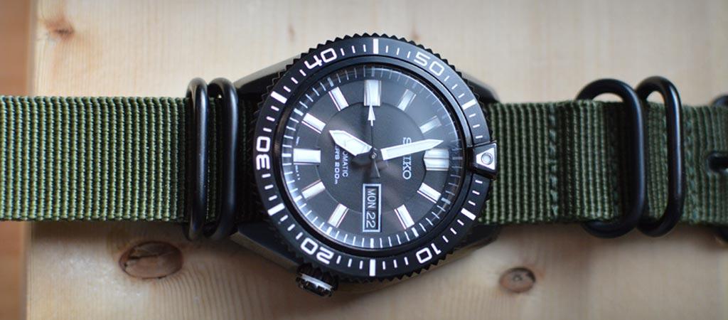 Seiko SKZ329 Automatic Diver's Watch