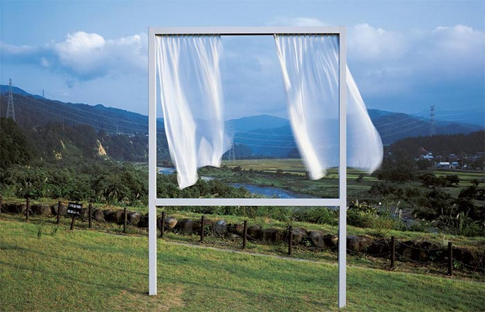 Akiko Utsumi, For Lots of Lost Windows, 2006