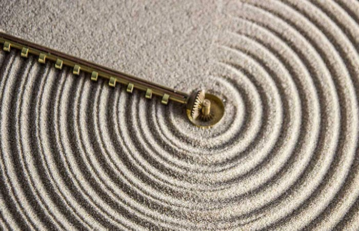 Ripples of Time Sand Clock, zoomed.