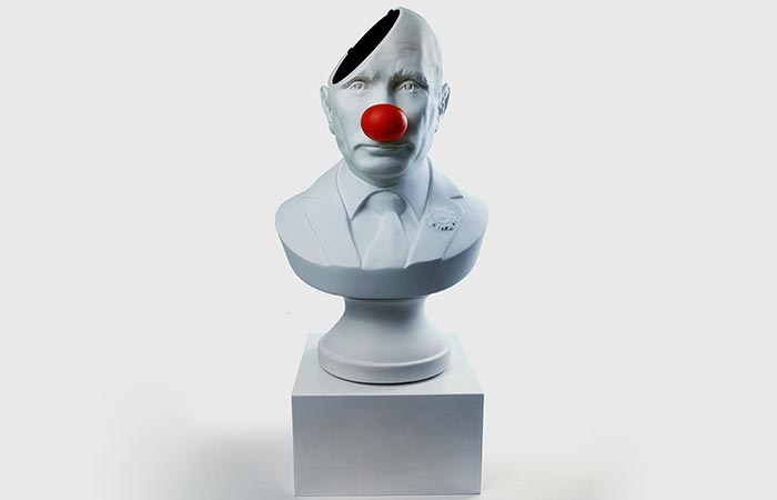 Sound of Power Putin with clown nose