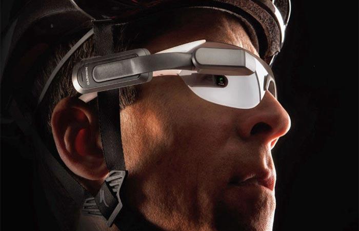 Garmin Varia Vision On A Cyclist